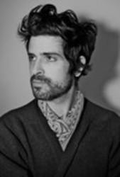Best and new Devendra Banhart Folk songs listen online.
