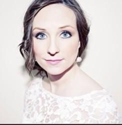 Best and new Julie Fowlis Folk songs listen online.