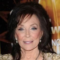 Best and new Loretta Lynn Country songs listen online.